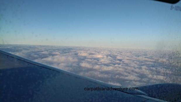 Cloud layer through airplanewindow